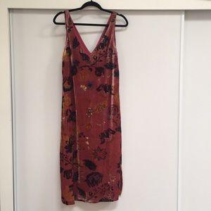 Zara velvet dress size S